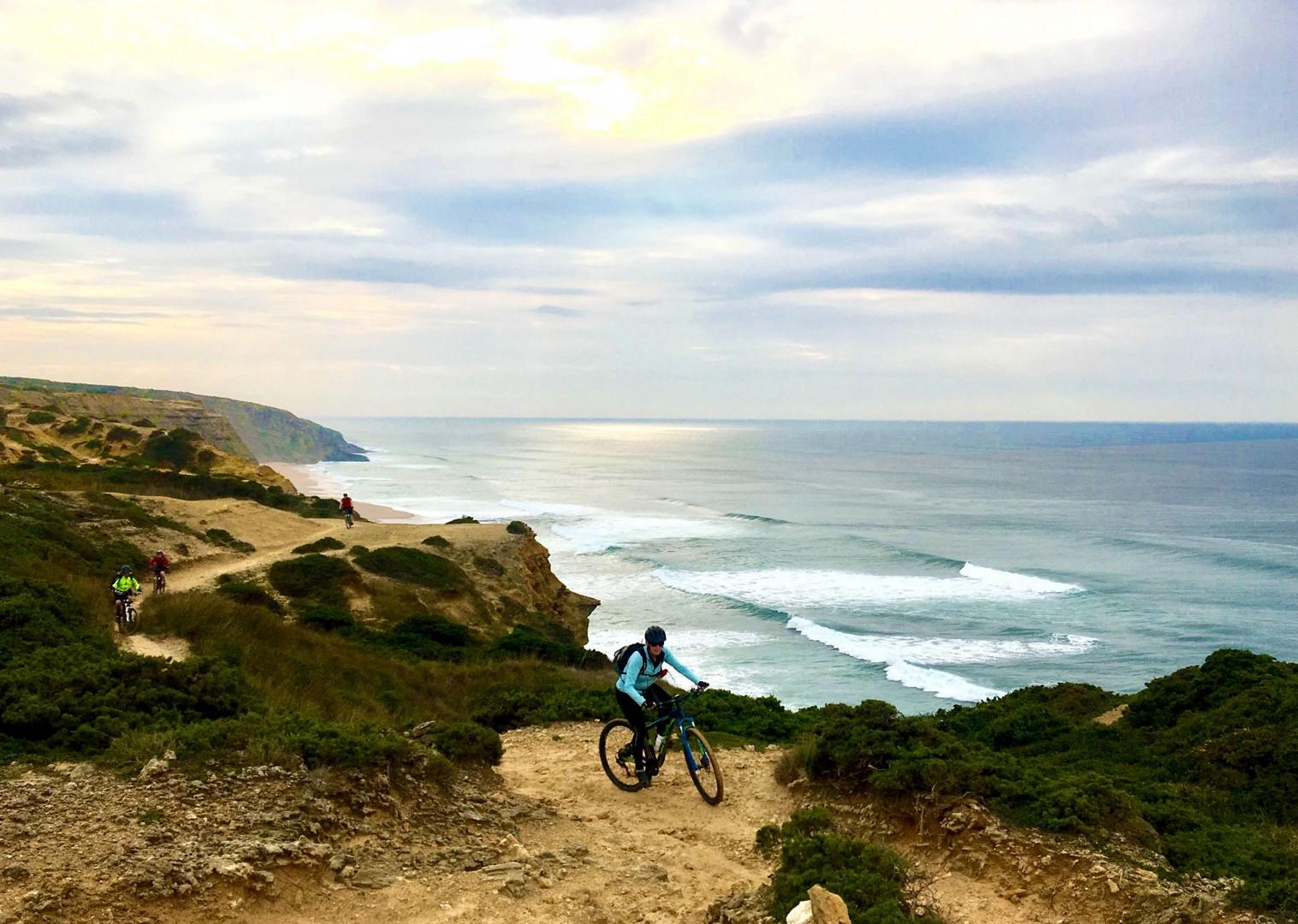 coastal-track-mtb-cycling-holiday-arrabida-natural-park.jpg - Portugal - Atlantic Trails - Guided Mountain Bike Holiday - Mountain Biking