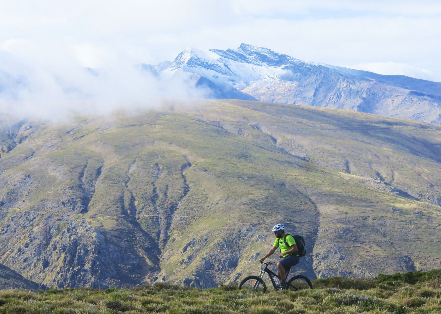 mountain-bike-holiday-in-highest-mountain-range-in-spain.jpg - Spain - Sensational Sierra Nevada - Guided Mountain Bike Holiday - Mountain Biking
