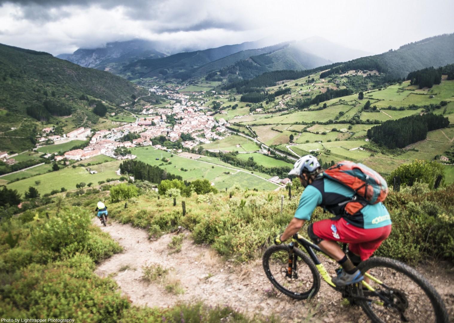 single-dirt-track-mountain-biking-picos-andara-massif.jpg - Spain - Picos de Europa - Trans Picos - Guided Mountain Bike Holiday - Mountain Biking