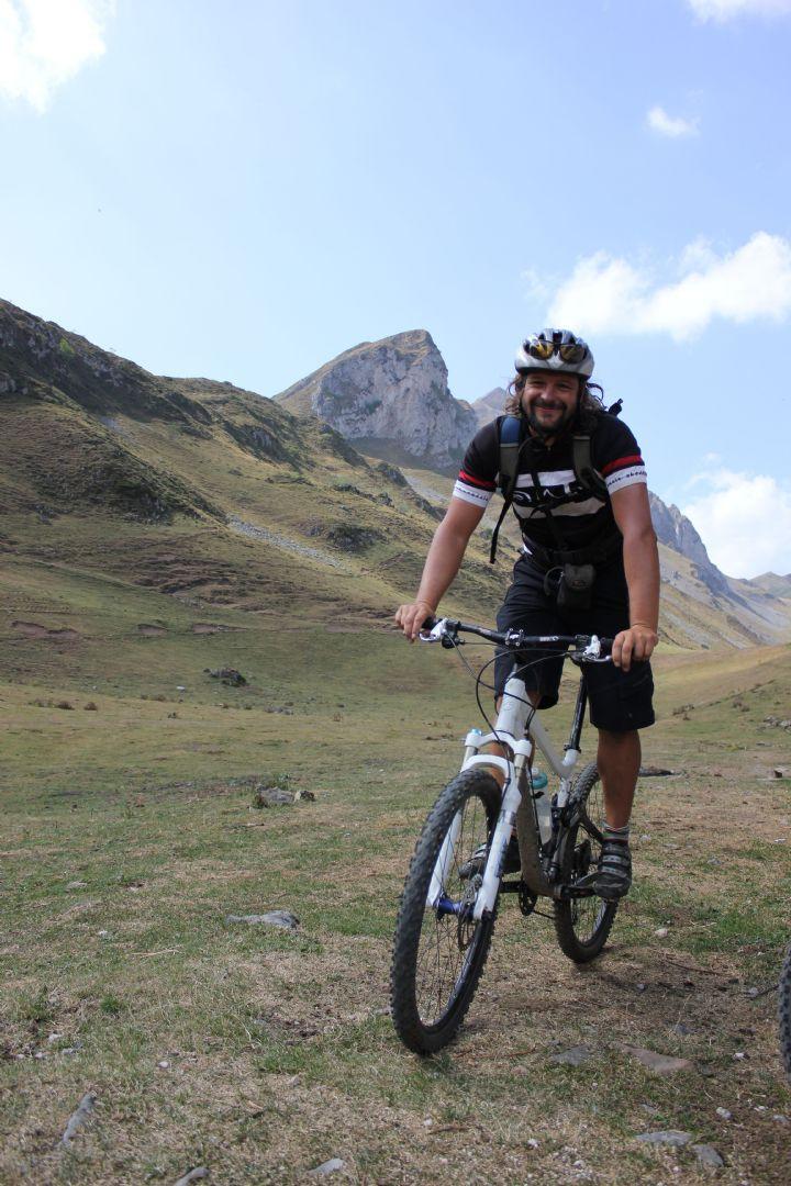 2012-09-11 01.12.32.jpg - Spain - Picos de Europa - Trans Picos - Guided Mountain Bike Holiday - Mountain Biking