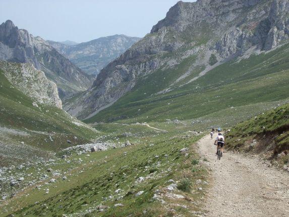 _Holiday.60.5791.jpg - Spain - Picos de Europa - Trans Picos - Guided Mountain Bike Holiday - Mountain Biking