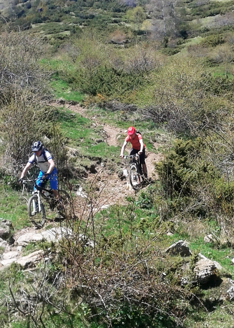 20160516_131137.jpg - Spain - Pyrenees Enduro - Guided Mountain Bike Holiday - Mountain Biking