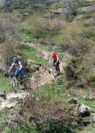 20160516_131137.jpg - Spain - Pyrenees Enduro - Guided Mountain Bike Holiday - Mountain Biking