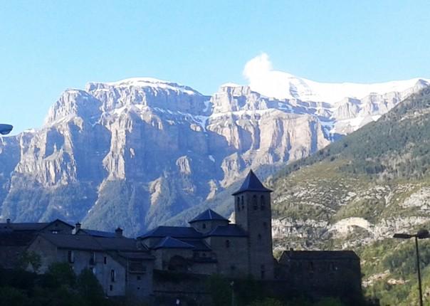 20160516_191859.jpg - Spain - Pyrenees Enduro - Guided Mountain Bike Holiday - Mountain Biking