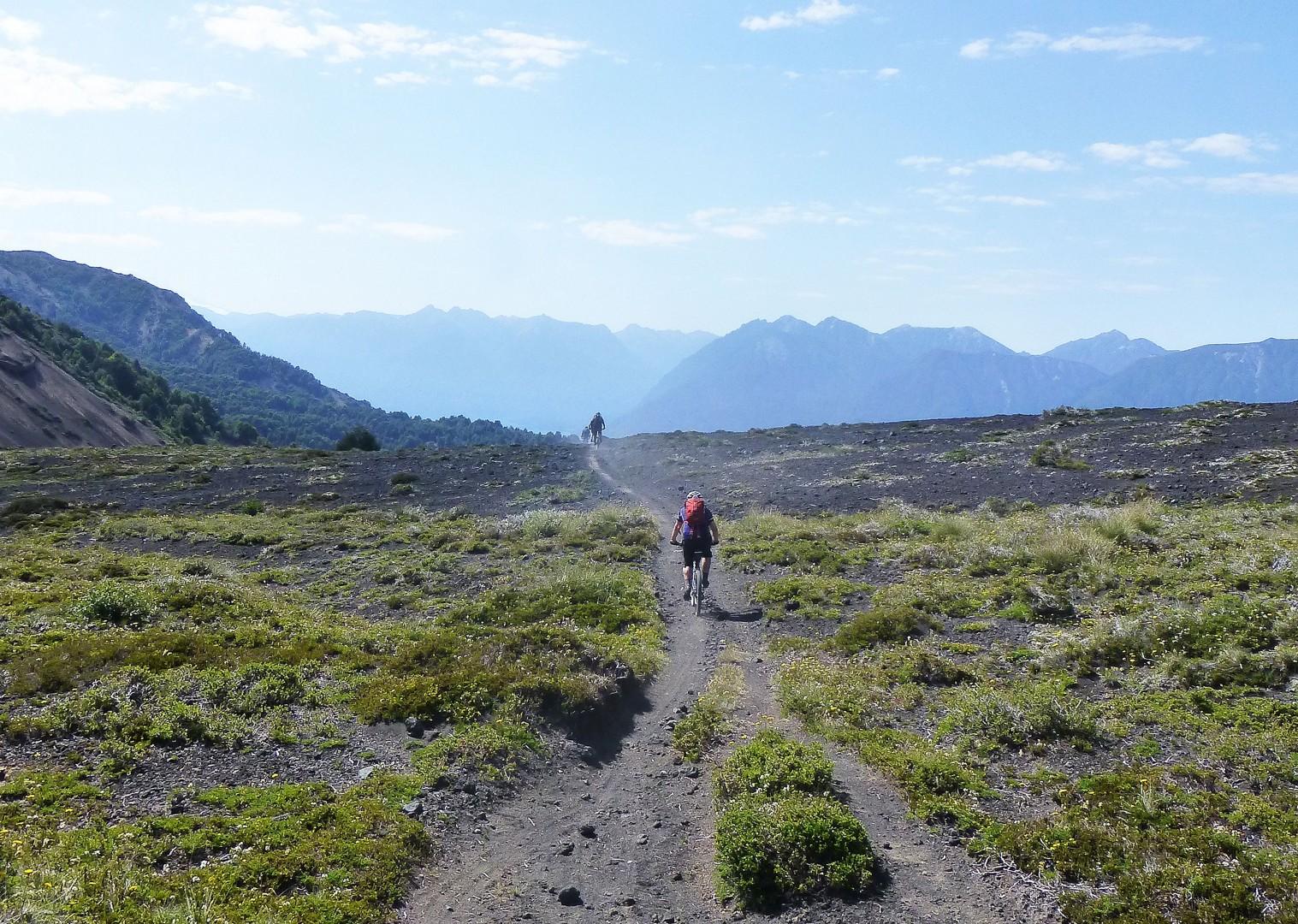 P1040030.JPG - Chile and Argentina - Wild Patagonia - Mountain Biking