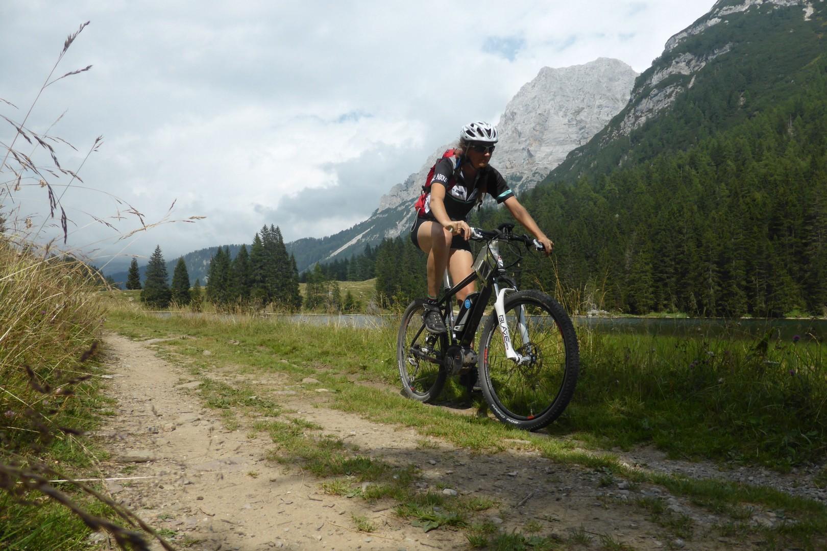 Dolomiti MTB - 1323.jpg - Italy - Dolomites of Brenta - Guided Mountain Bike Holiday - Mountain Biking