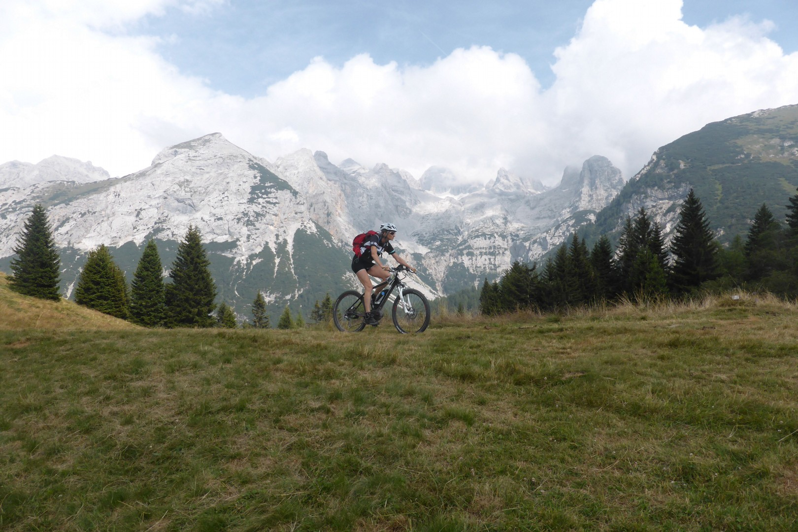 Dolomiti MTB - 1328.jpg - Italy - Dolomites of Brenta - Guided Mountain Bike Holiday - Mountain Biking
