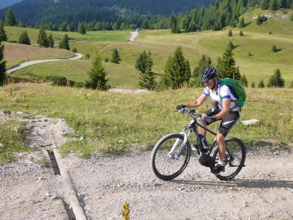 Skedaddle Dolomiti MTB - 0589.jpg - Italy - Dolomites of Brenta - Guided Mountain Bike Holiday - Mountain Biking