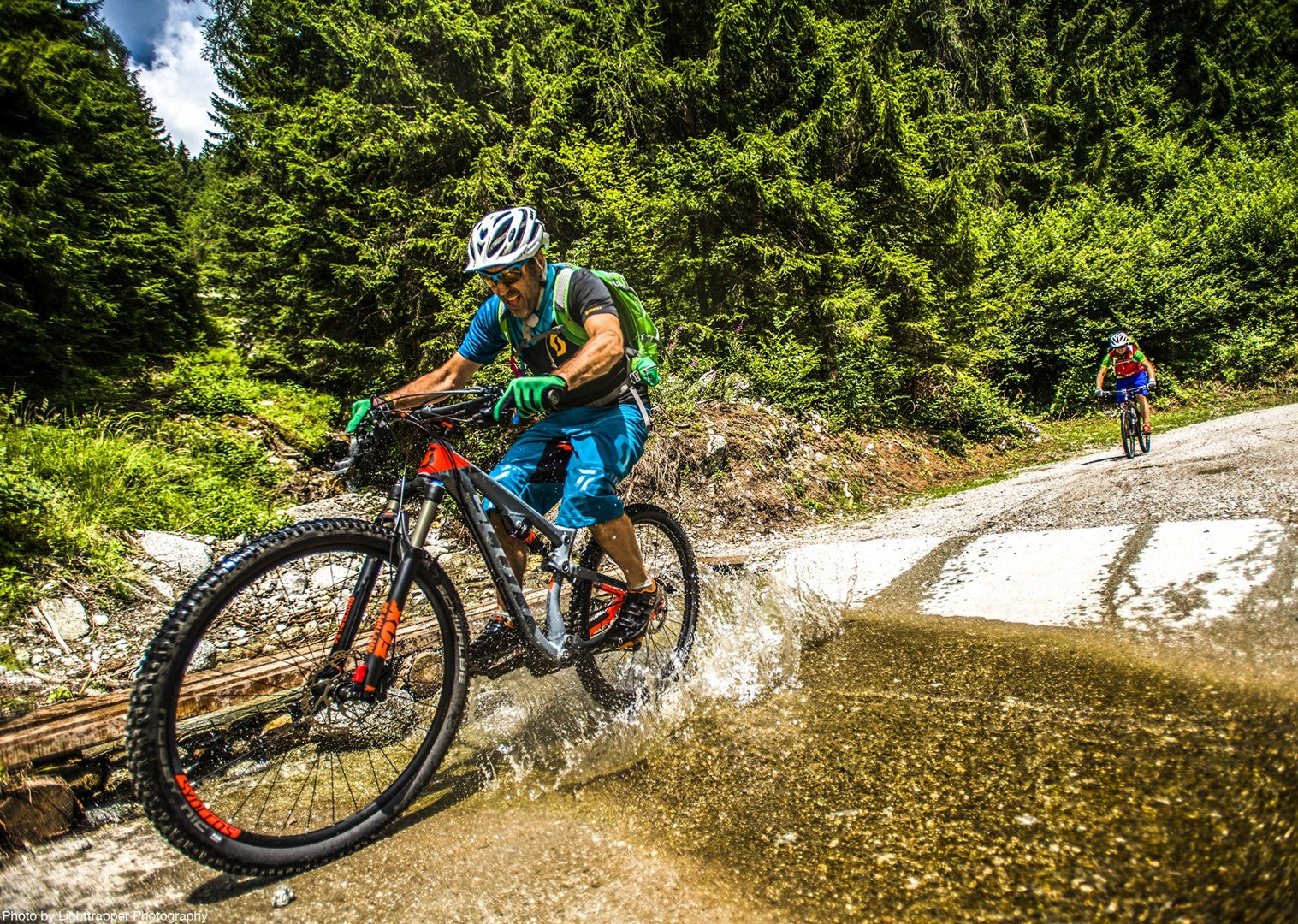 saddle_skedaddle_italy_2017_day6_brenta_dolomites_85-2.jpg - Italy - Dolomites of Brenta - Guided Mountain Bike Holiday - Mountain Biking