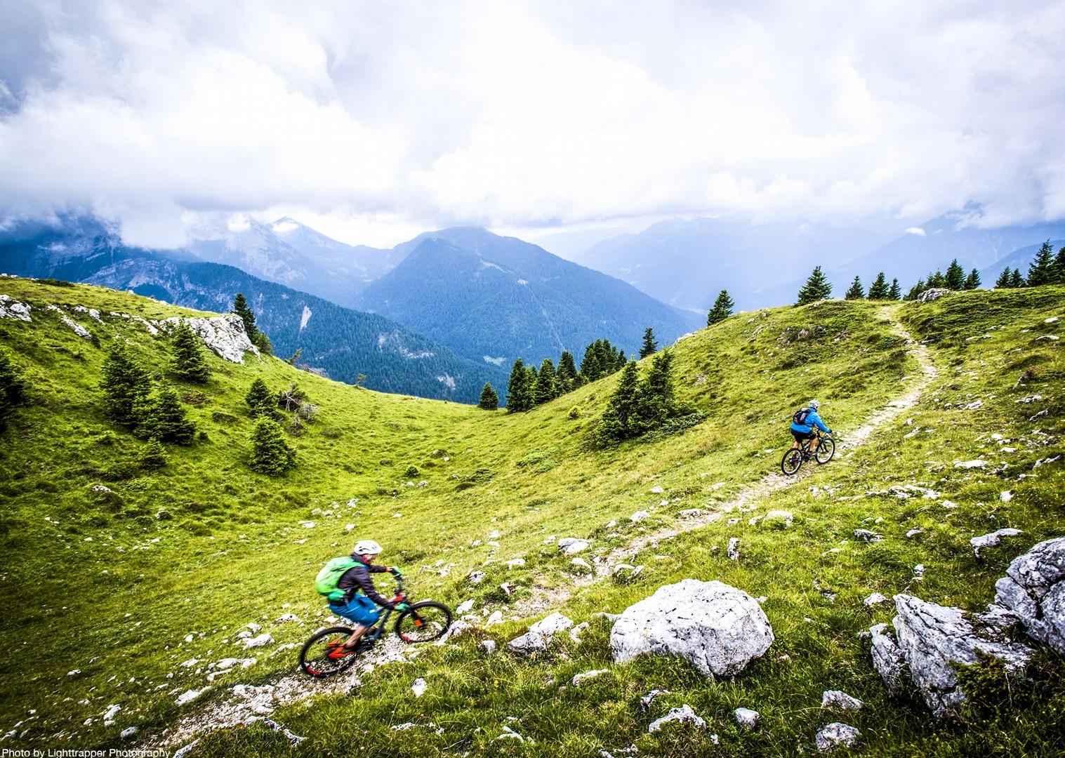 saddle_skedaddle_italy_2017_day6_brenta_dolomites_205-2.jpg - Italy - Dolomites of Brenta - Guided Mountain Bike Holiday - Mountain Biking