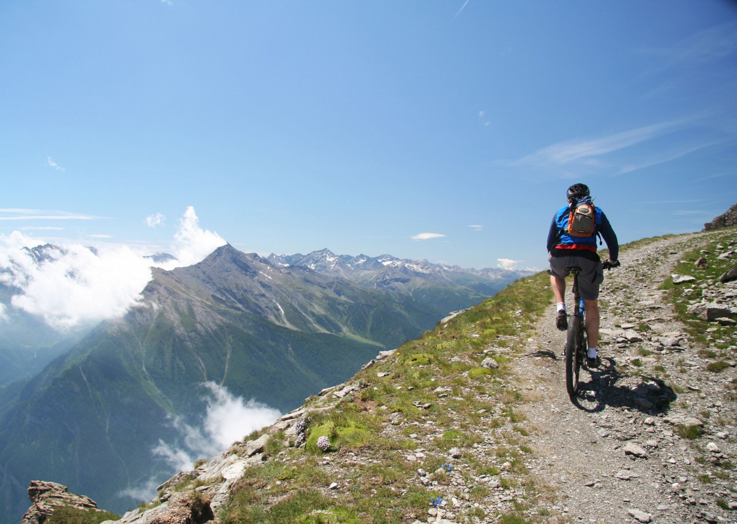 mountain-bike-holiday-in-italy-and-france-alpine-adventure.JPG - Italy and France - Alpine Adventure - Guided Mountain Bike Holiday - Mountain Biking