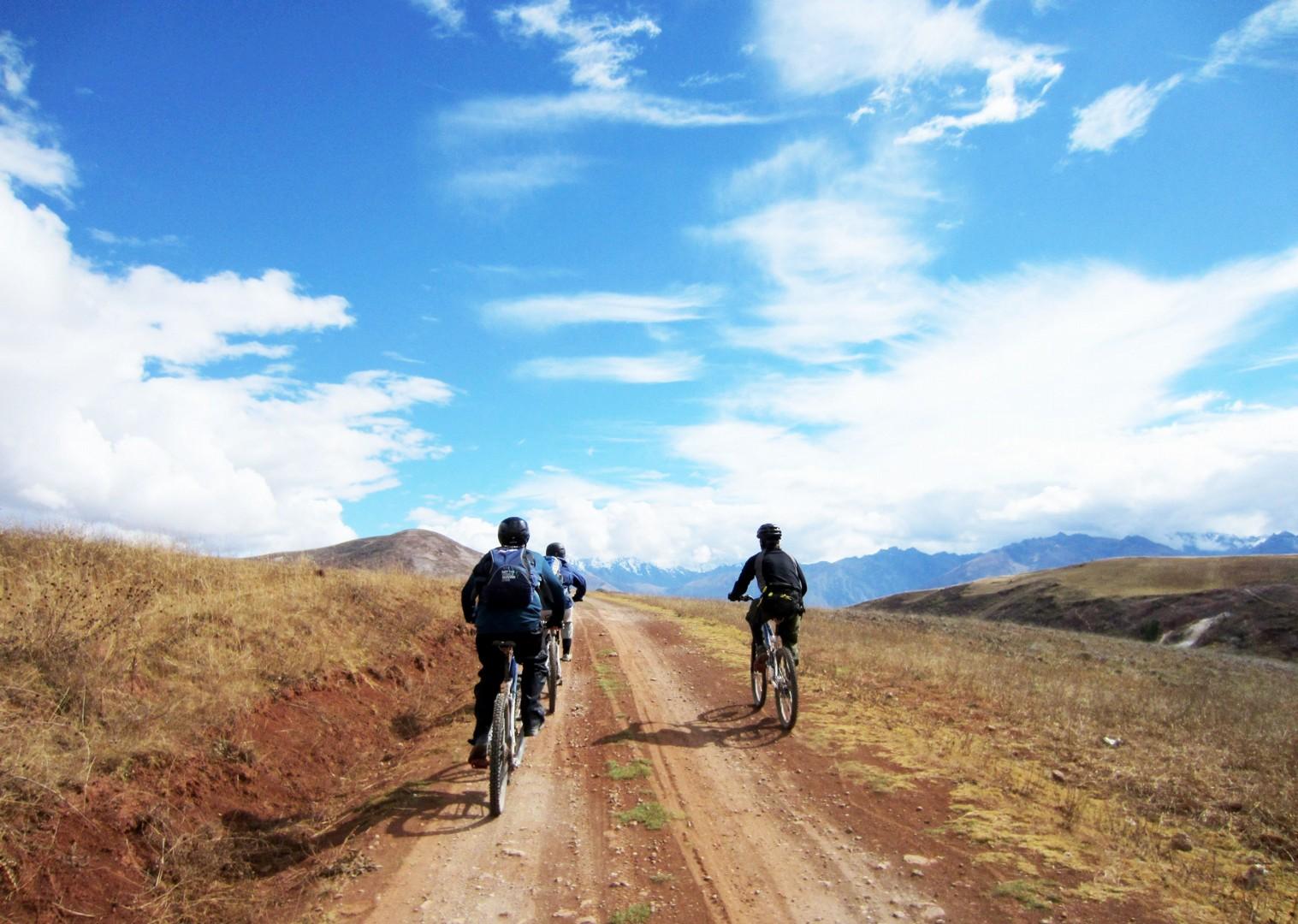 BAS Bike Asalt (2).JPG - Peru - Andean Journey - Guided Mountain Bike Holiday - Mountain Biking