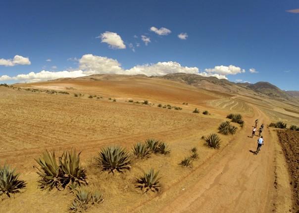 G0101057.jpg - Peru - Andean Journey - Guided Mountain Bike Holiday - Mountain Biking