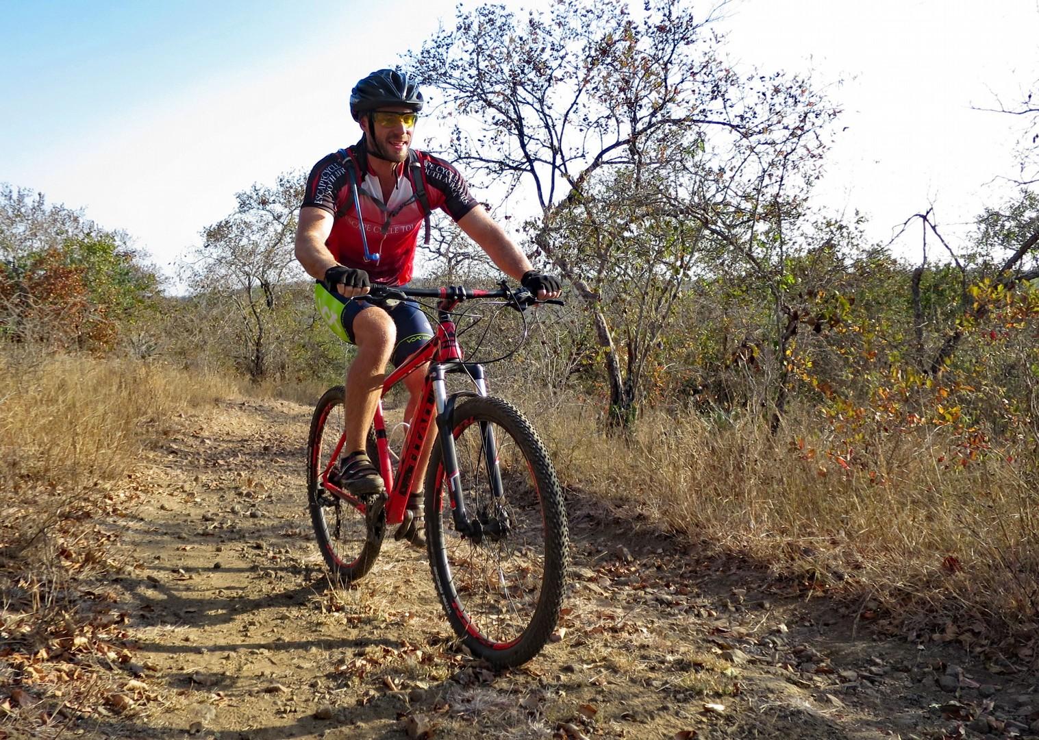 singletrack-swaziland-mountain-bike-holiday-in-africa.jpg - Swaziland - Singletrack and Sundowners - Guided Mountain Bike Holiday - Mountain Biking