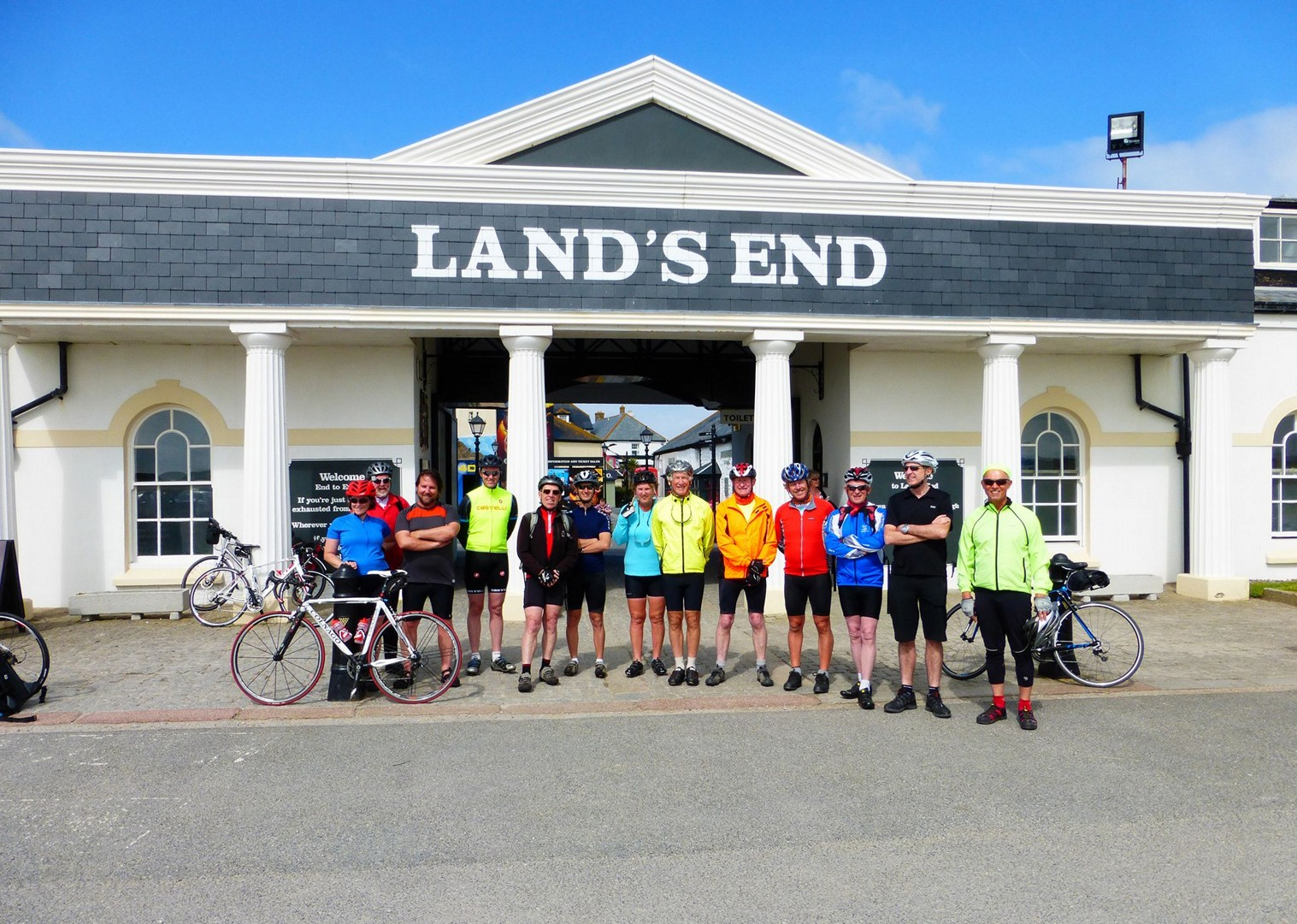 cycling-holiday-sustrans-lands-end-to-john-ogroats-lejog.jpg - UK - Land's End to John O'Groats Explorer (22 days) - Guided Cycling Holiday - Road Cycling
