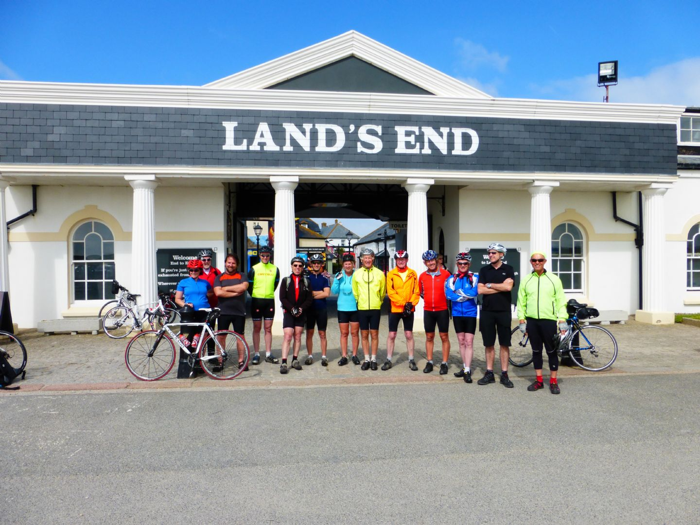 P1010197.JPG - UK - Land's End to John O'Groats Classic (16 days) - Guided Road Cycling Holiday - Road Cycling