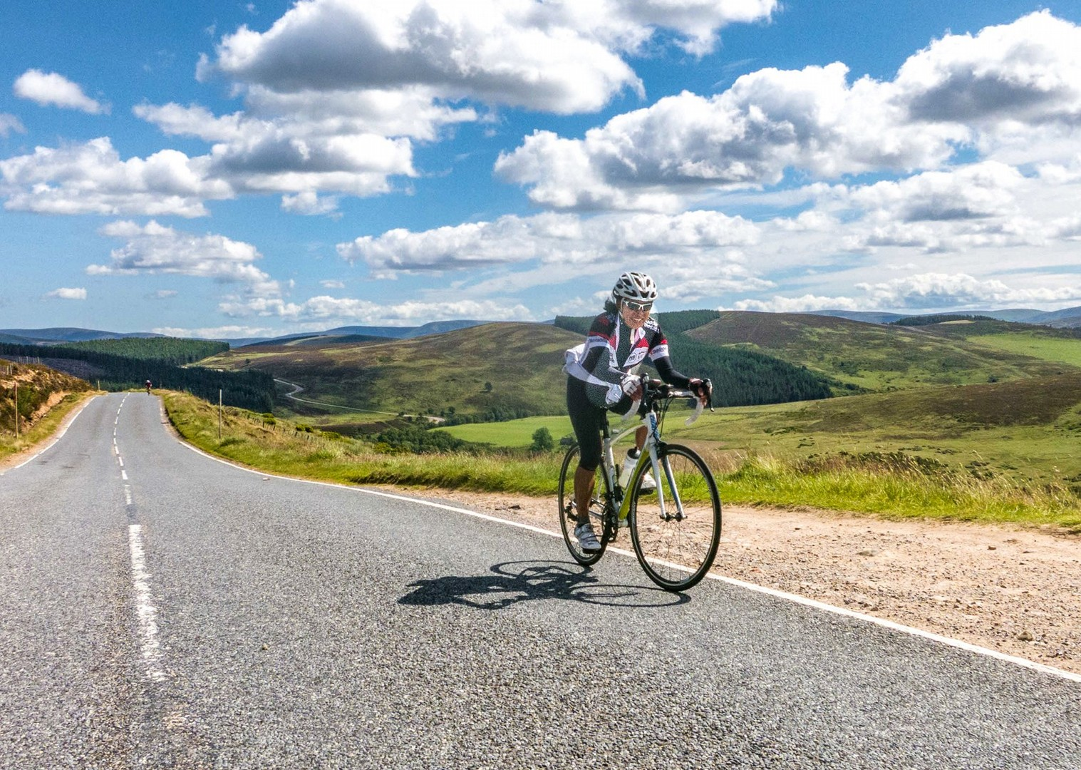lands-end-to-john-ogroats-16-day-guided-cycling-holiday.jpg - UK - Land's End to John O'Groats Classic (16 days) - Guided Road Cycling Holiday - Road Cycling