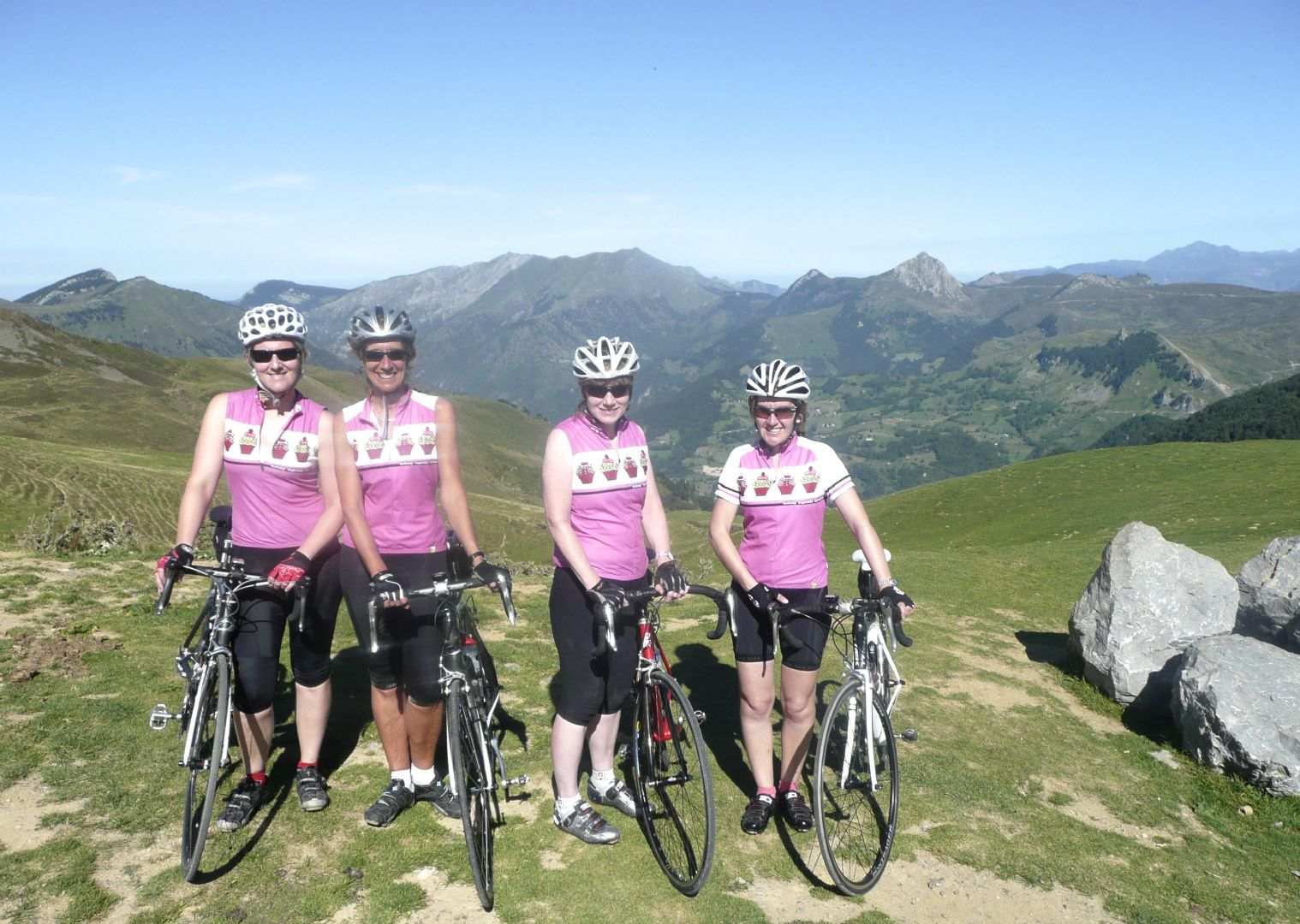 Pyrenees Classic Road Cycling 30.jpg - France - Trans Pyrenees Challenge - Guided Road Cycling Holiday - Road Cycling