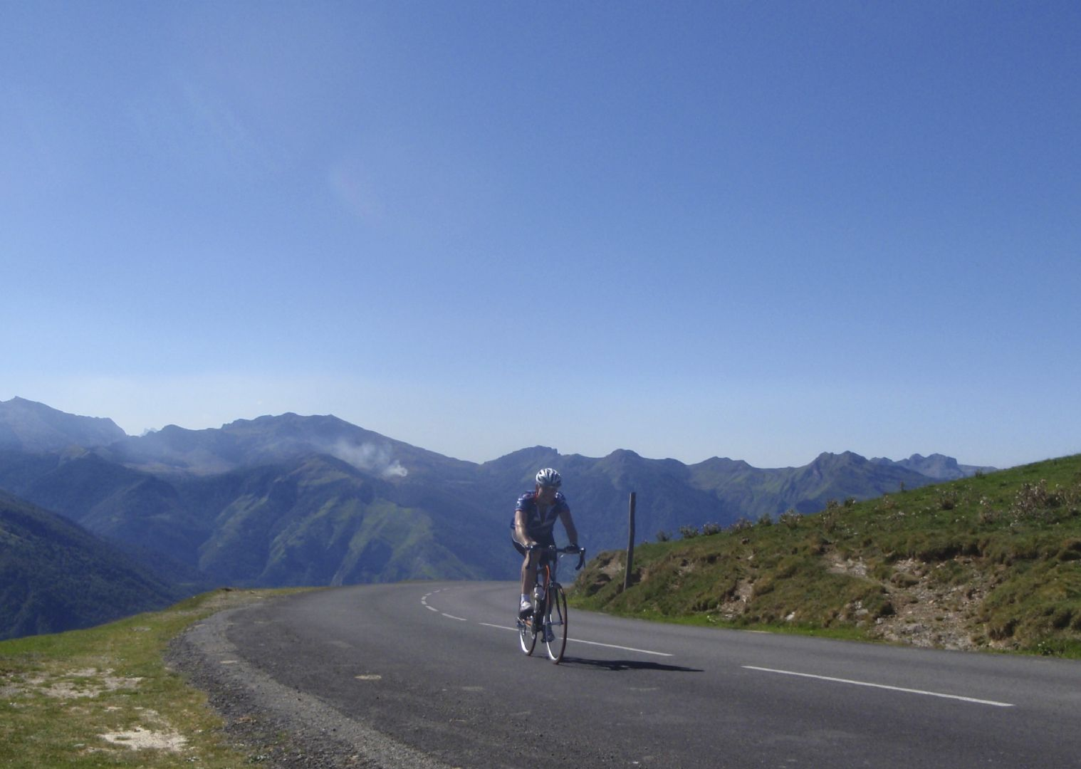 Pyrenees Classic Road Cycling 42.jpg - France - Trans Pyrenees Challenge - Guided Road Cycling Holiday - Road Cycling