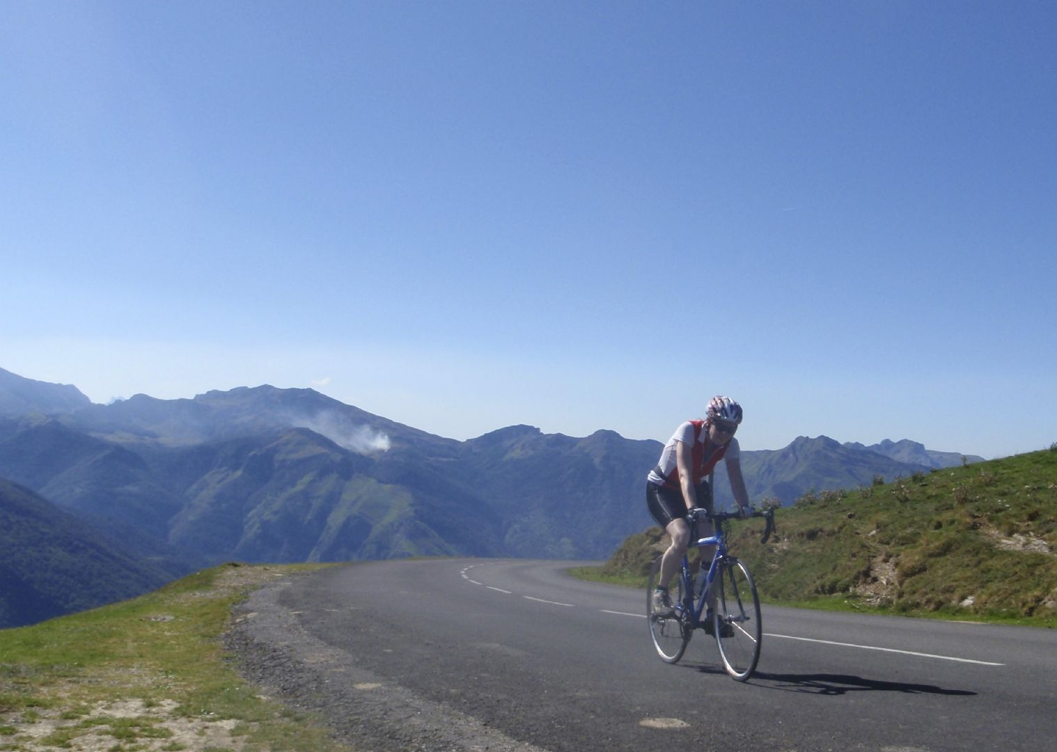Pyrenees Classic Road Cycling 46.jpg - France - Trans Pyrenees Challenge - Guided Road Cycling Holiday - Road Cycling