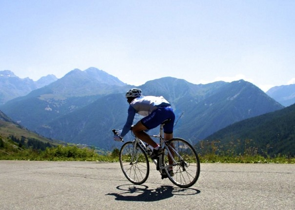 France - Raid Alpine - Guided Road Cycling Holiday Thumbnail