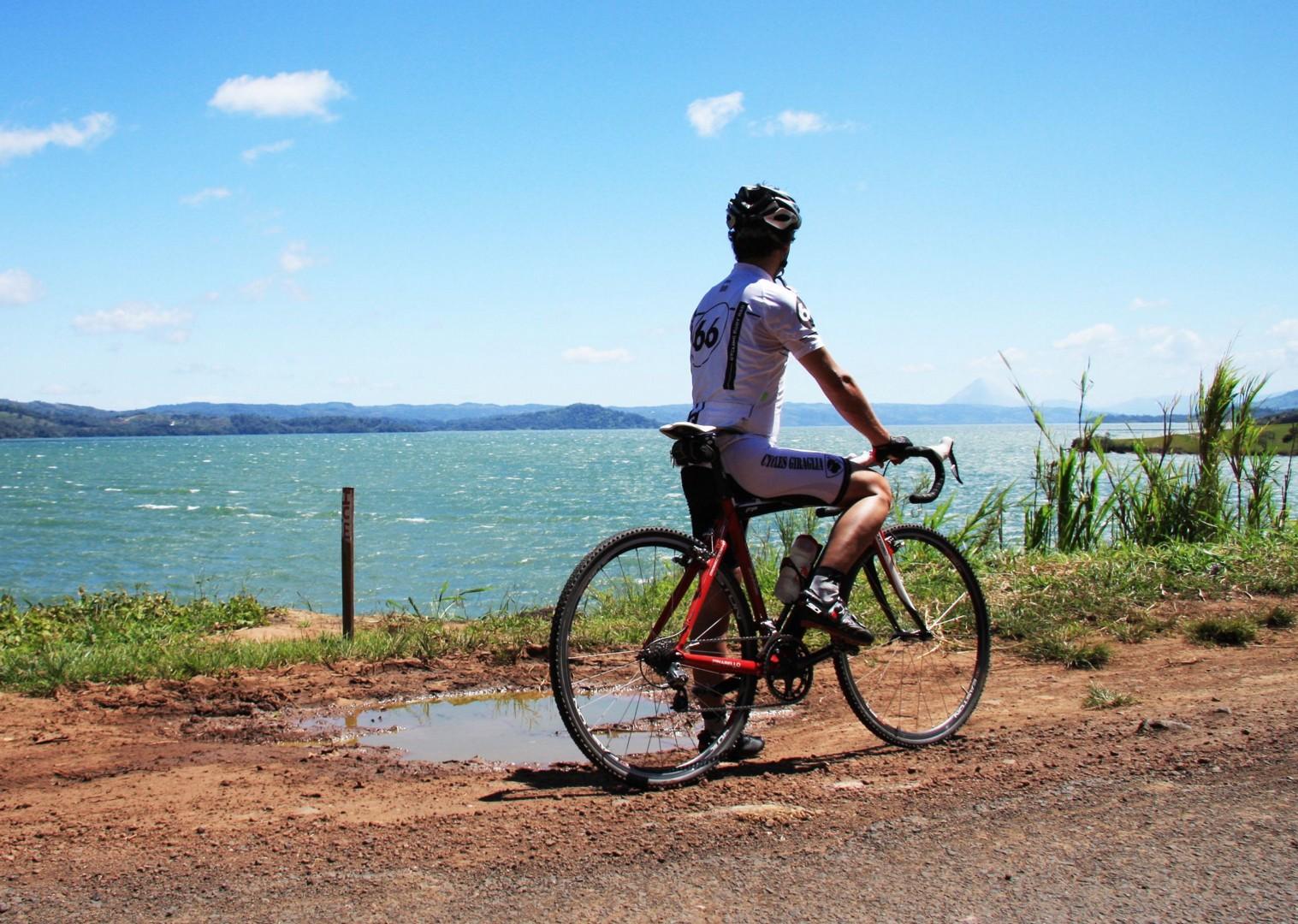 pacific-coast-costa-rica-guided-road-cycling-holiday-ruta-de-los-volcanes.jpg - Costa Rica - Ruta de los Volcanes - Road Cycling