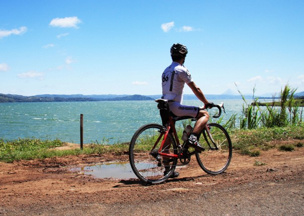 pacific-coast-costa-rica-guided-road-cycling-holiday-ruta-de-los-volcanes.jpg - Costa Rica - Ruta de los Volcanes - Road Cycling