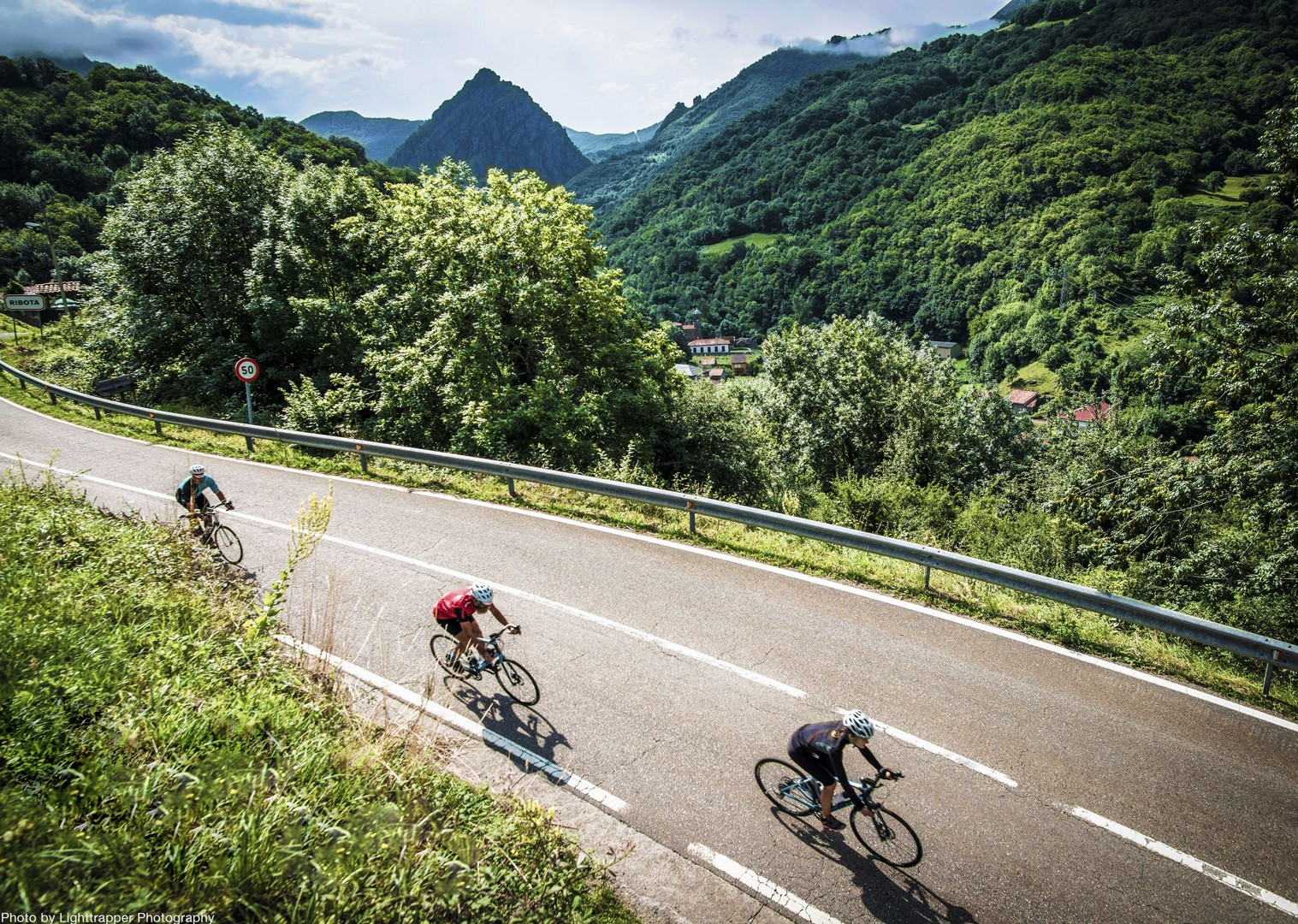 day3_northern_spain_069.jpg - Northern Spain  - Vuelta Classics - Guided Road Cycling Holiday - Road Cycling