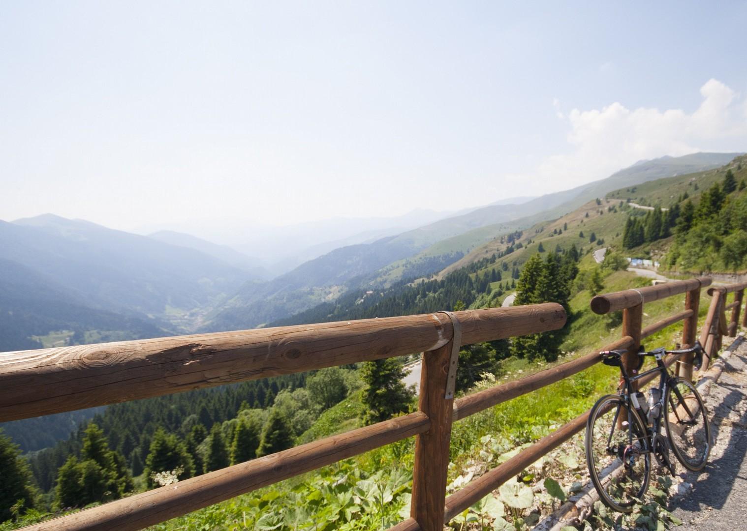 lombardia12.jpg - Italy - Lakes of Lombardia - Guided Road Cycling Holiday - Road Cycling