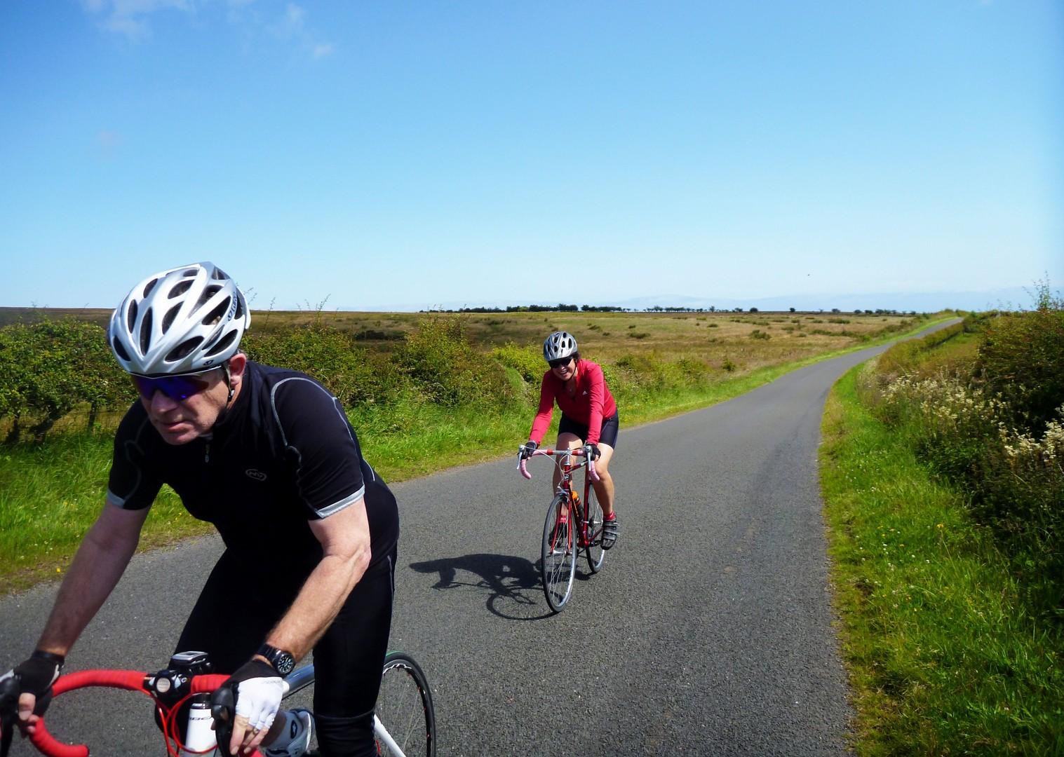 group-cycling-weekend.jpg - UK - Northumberland - Road Cycling