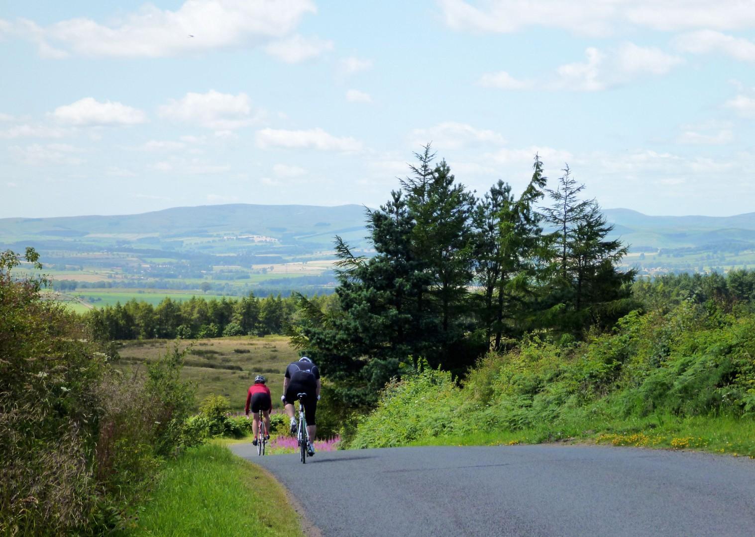 uk-road-cycling-weekend.jpg - UK - Northumberland - Road Cycling