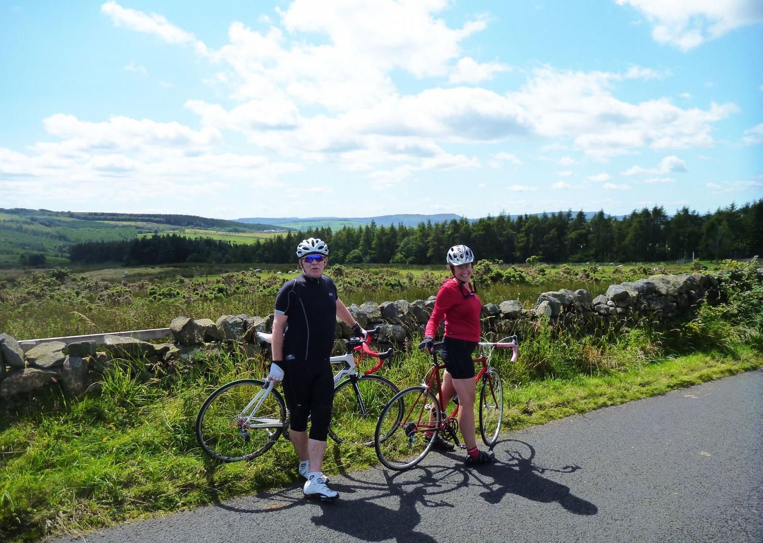 group-cycling-in-northumberland.jpg - UK - Northumberland - Road Cycling