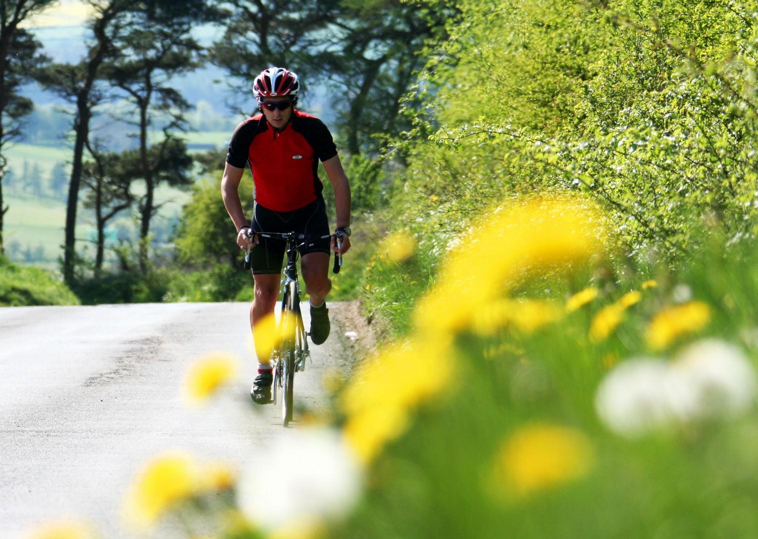 road-cycling-weekend-uk.jpg - UK - Northumberland - Road Cycling