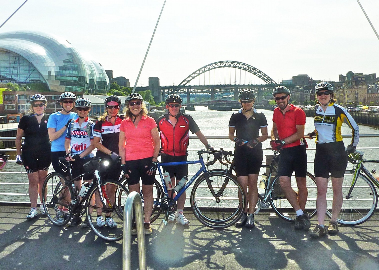 newcastle-millenium-bridge-cycling-weekend.jpg - UK - Northumberland - Road Cycling
