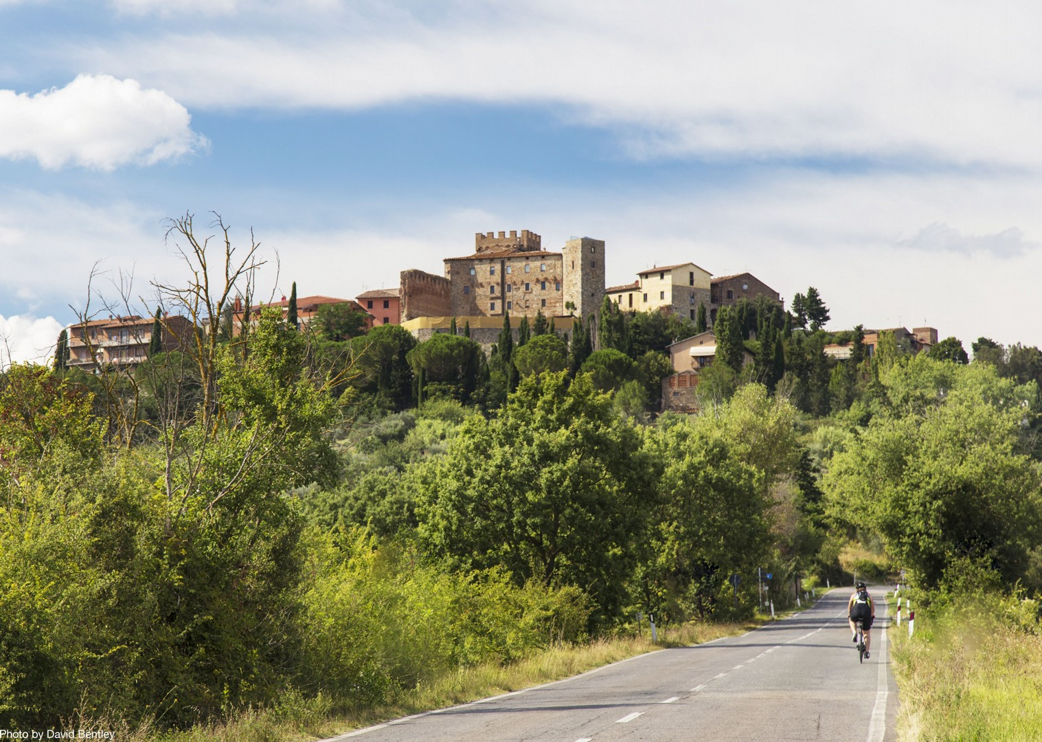 road-cycling-in-tuscany-italy.jpg - Italy - Tuscany Tourer - Guided Road Cycling Holiday - Road Cycling