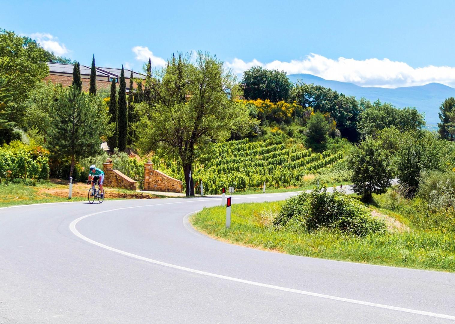 Ian-2.jpg - Italy - Tuscany - Giro della Toscana - Guided Road Cycling Holiday - Road Cycling