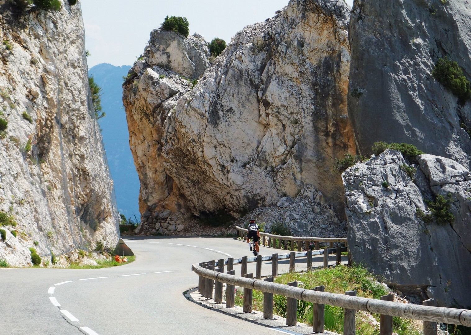 coast-france-guided-road-cycling.jpg - France - St Malo to Nice Classic (15 days) - Guided Road Cycling Holiday - Road Cycling