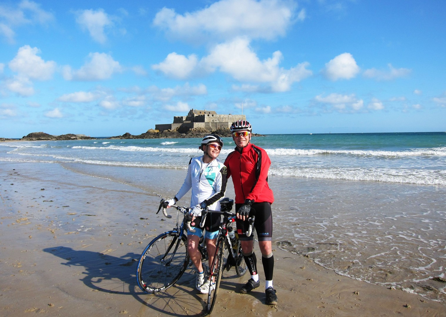coast-france-road-cycling-guided-holiday.jpg - France - St Malo to Nice Classic (15 days) - Guided Road Cycling Holiday - Road Cycling