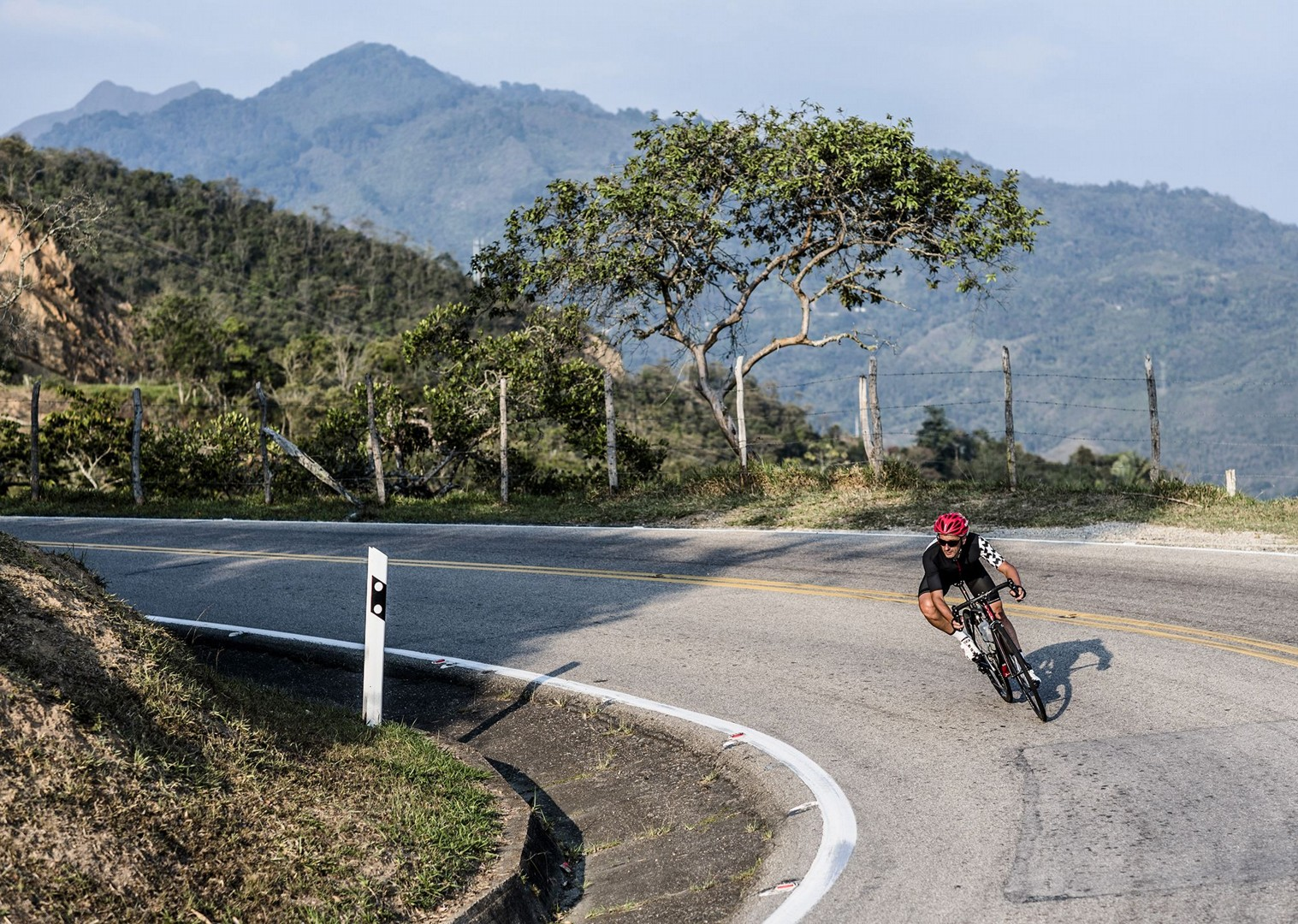 day_3_006.jpg - Colombia - Emerald Mountains - Road Cycling