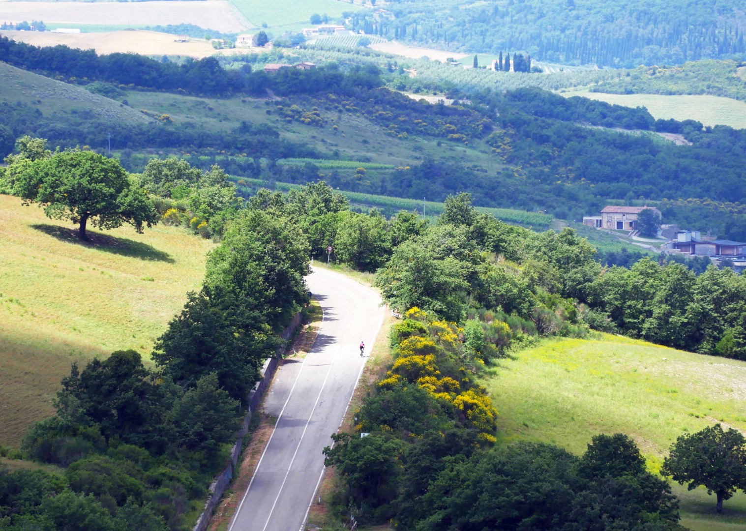 solo-road-cycling-self-guided-italy.jpg - Italy - Tuscany Tourer - Self Guided Road Cycling Holiday - Road Cycling
