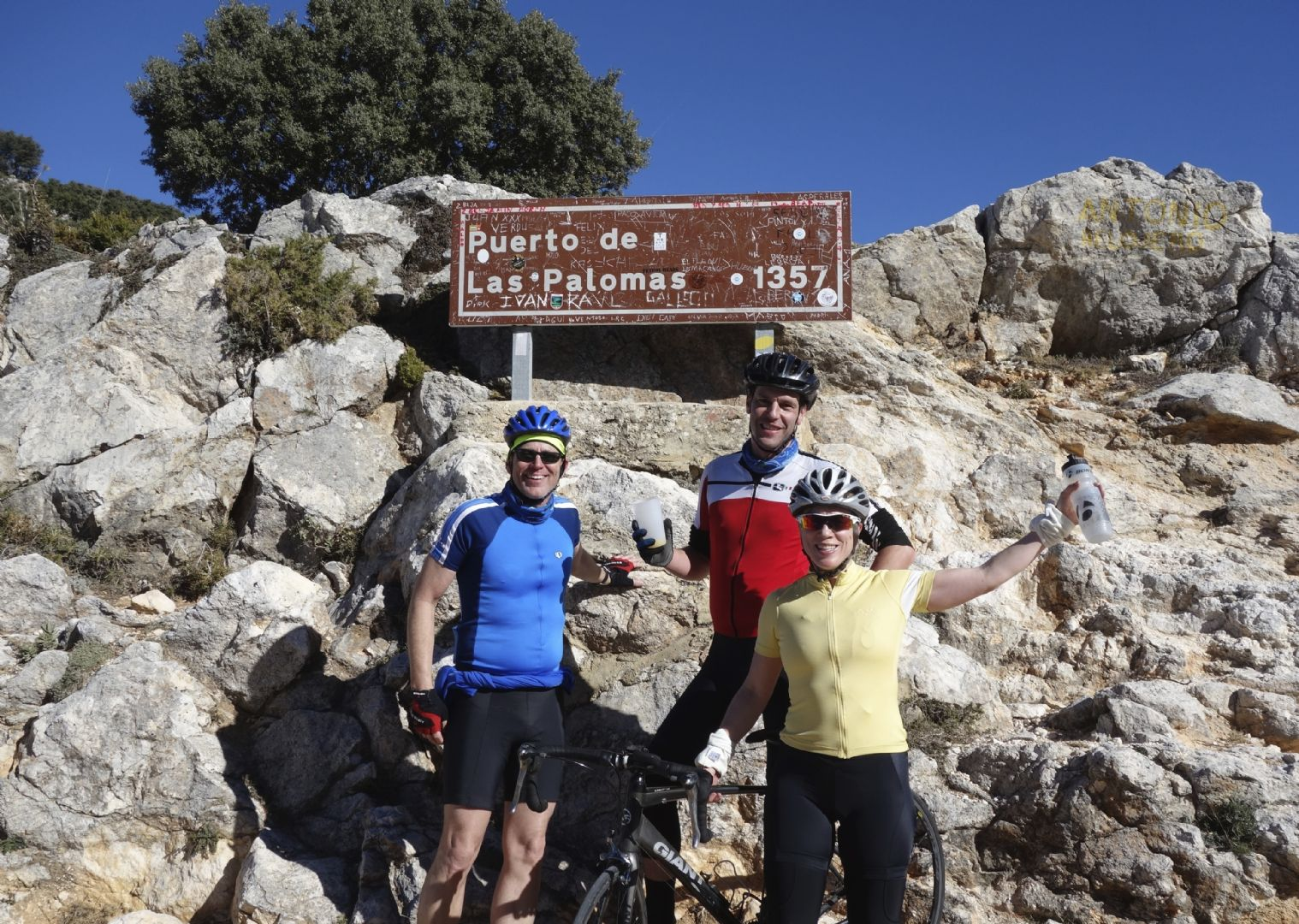 spainroadcyclingronda34.jpg - Southern Spain - Roads of Ronda - Road Cycling