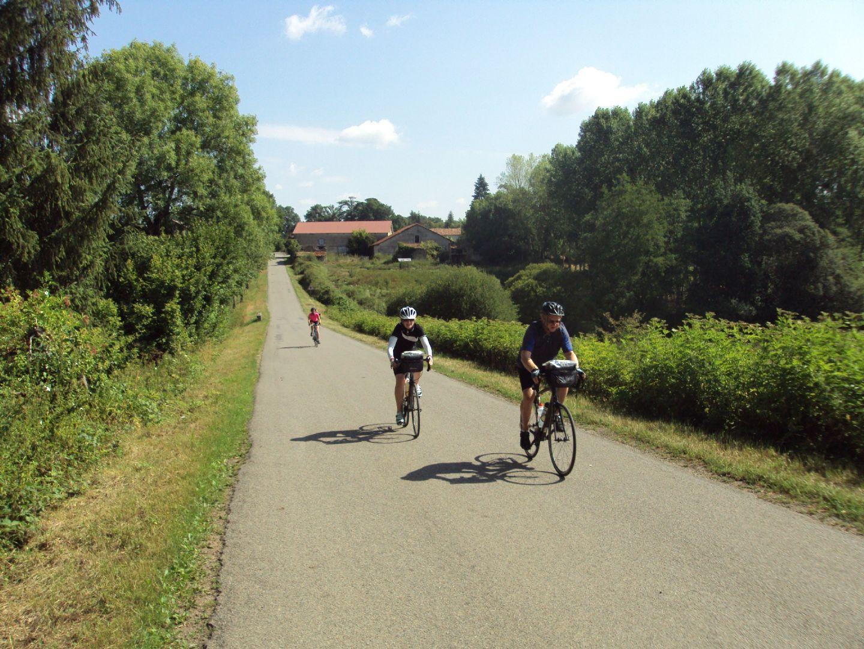 Francecyclingholiday21.jpg - France - Haute Dordogne - Guided Road Cycling Holiday - Road Cycling