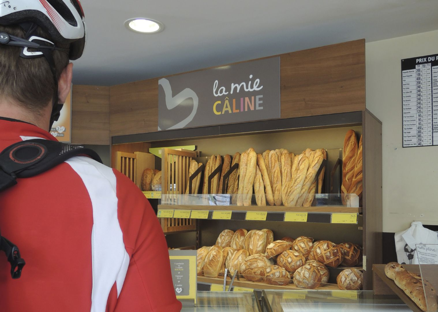 Francecyclingholiday39.jpg - France - Haute Dordogne - Guided Road Cycling Holiday - Road Cycling