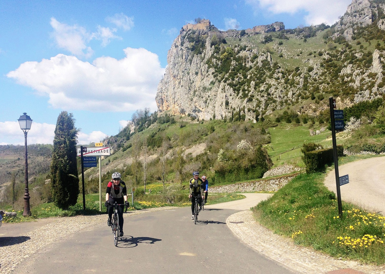 group-cycling-pyrenees-fitness-week.jpg - France - Pyrenees Fitness Week - Guided Road Cycling Holiday (Grade 3-4) - Road Cycling