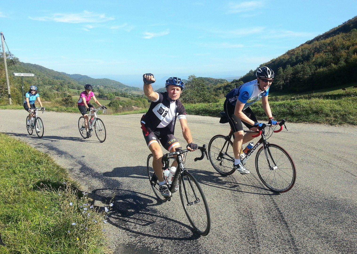 road-cycling-fitness-week-group-cycling.jpg - France - Pyrenees Fitness Week - Guided Road Cycling Holiday (Grade 3-4) - Road Cycling