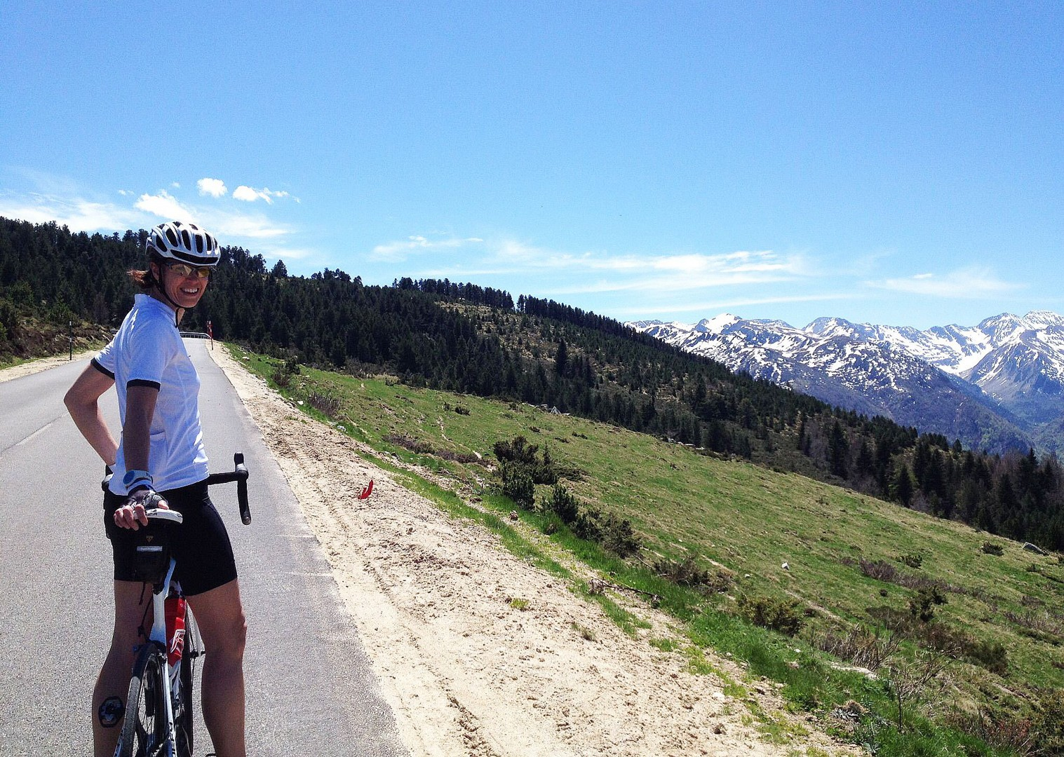 france-pyrenee-fitness-week-road-cycling.jpg - France - Pyrenees Fitness Week - Guided Road Cycling Holiday (Grade 3-4) - Road Cycling