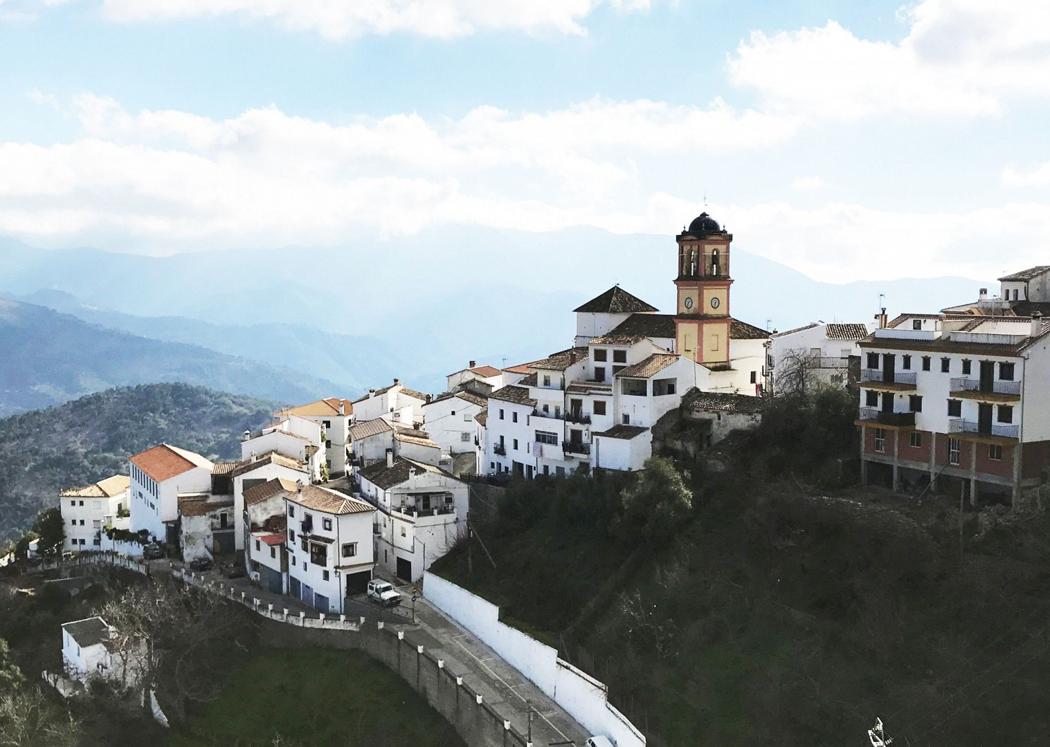 Serrania-de-Ronda-cycle-white-villages-self-guided-road-cycling-holiday-los-pueblos-blancos-andalucia-spain.jpg - Southern Spain - Andalucia - Los Pueblos Blancos - Self-Guided Road Cycling Holiday - Road Cycling