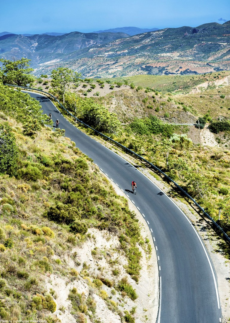 long-roads-high-quality-cycling-road-bike-southern-spain-andalucia.jpg - Southern Spain - Andalucia - Los Pueblos Blancos - Self-Guided Road Cycling Holiday - Road Cycling