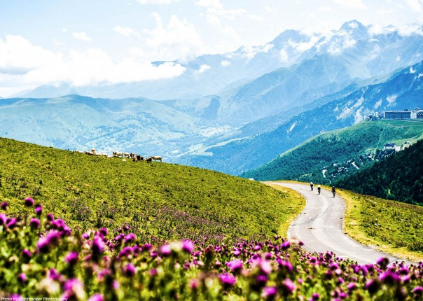 France - Pyrenees Fitness Week (Grade 2-3) - Guided Road Cycling Holiday Image