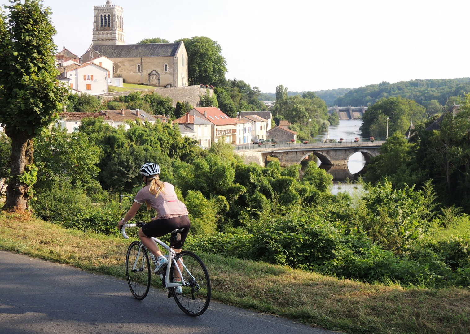 france-st-malo-to-nice.jpg - France - St Malo to Nice Explorer (20 days) - Guided Road Cycling Holiday - Road Cycling